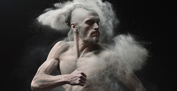 Eerie Portraits of Nude Models Covered in Ashes will Haunt You