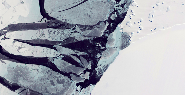 Amazing NASA Photos of Antarctica will Inspire Your Winter Photography